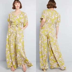Modcloth Wide Leg Tropical Cruise Jumpsuit NEW